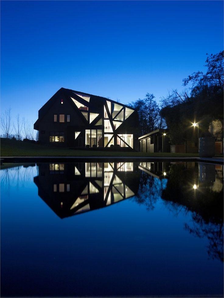 Villa Rotterdam 2, Rotterdam, 2009 by OOZE Architects #architecture #design #netherlands