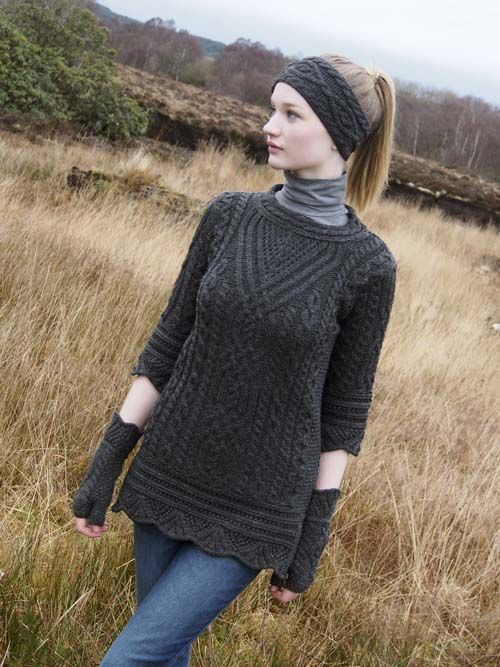 TUNIC WITH SCALLOP LACE by Natallia Kulikouskaya for West End Knitwear, Ireland