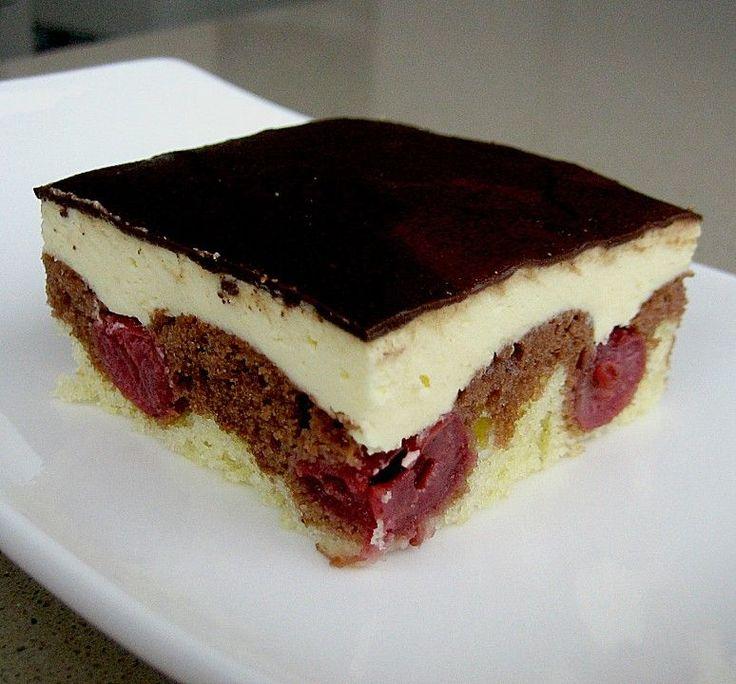 Donauwelle - super easy, ein schmackhaftes Rezept aus der Kategorie Kuchen. Bewertungen: 1.130. Durchschnitt: Ø 4,5.