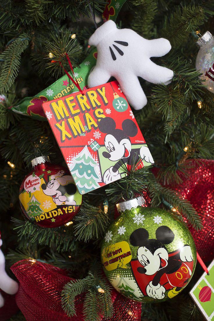 Esta Navidad contamos con una mágica colección Disney, donde los personajes de Mickey, Minnie y otros, adornarán tu casa en esta temporada.