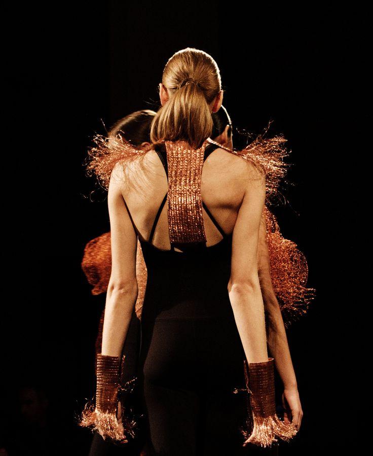 El tejido en cobre como soporte identitario social y cultural.