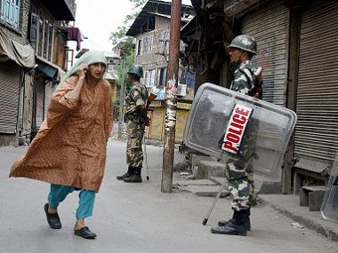 War with Pakistan Situation at LoC in Kashmir shows the huge cost of escalation - Firstpost #757LiveIN