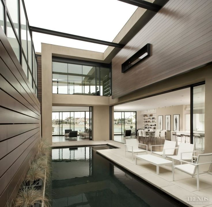 Prospect of the sea – James Choate-designed home with central courtyard #modernhomes #pool #outdoorrooms