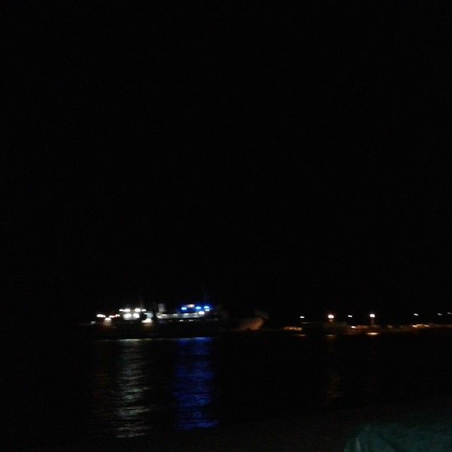 #ShareIG Porto di #Cavo in notturna #Lacostachebrilla #RioMarina #isoladelba #Elba