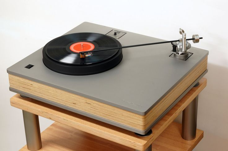 This slick turntable has a 16″ tonearm