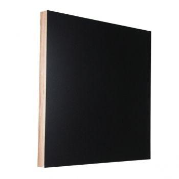 Muistitaulu iso neliö, musta        Valmistaja: Kotonadesign      Design: Mia Battilana