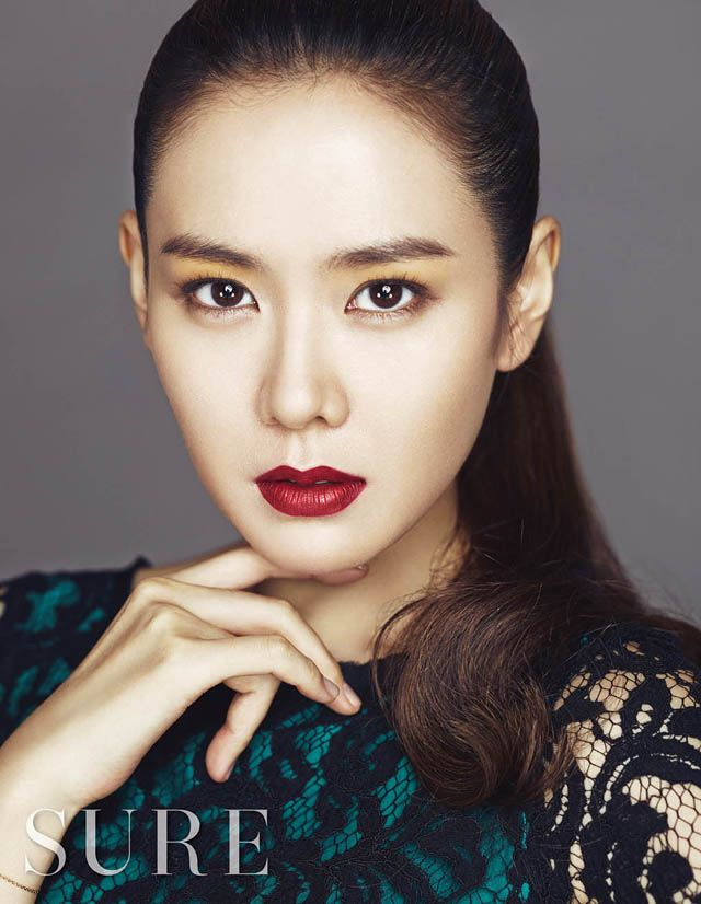 Son Ye Jin In SURE's October 2013 Issue