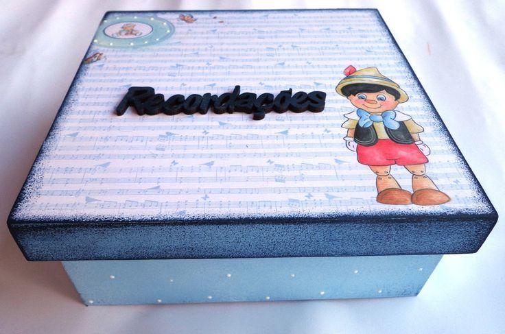 Caixa de recordações do bebé