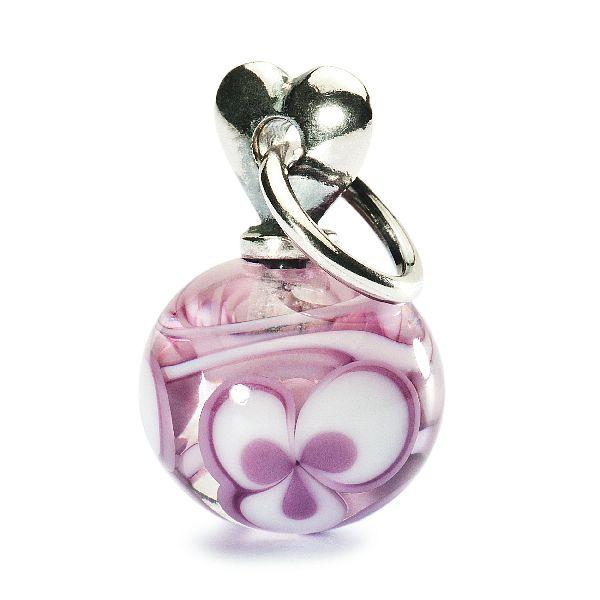 Světlounce fialkové kytičky pro Vaši jedinou lásku.