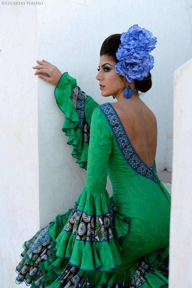 Detalle de la espalda. Flamenca