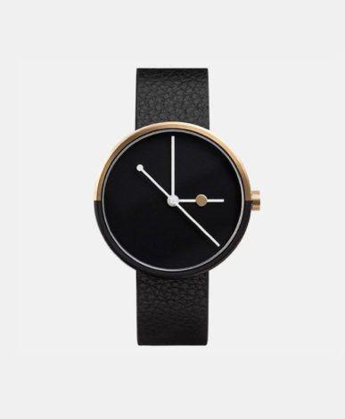Klassische Uhr mit grauem Lederarmband von The Horse jetzt online kaufen. | clomes.ch ist der Schweizer Online Shop für junges Design. ✓ Gratis Versand ✓ 14 Tage Rückgabe