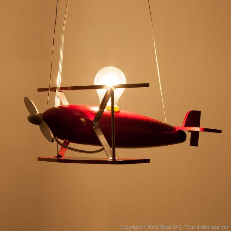 Suspension avion en bois par TOSEL