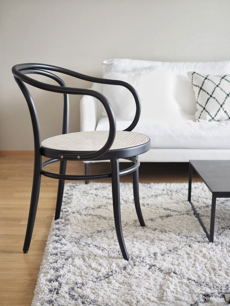 forme thonet | INSPIRED BY LOVE