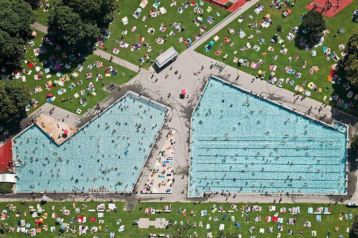 Bernhard Lang: AV_Summer_010, Schyrenbad