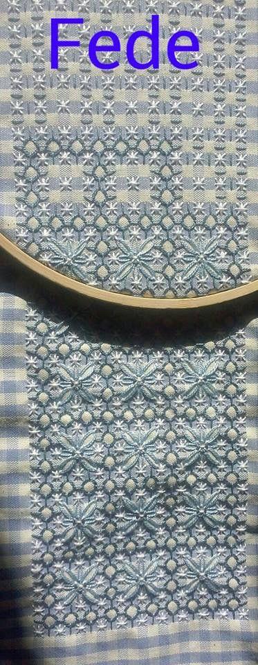 les 25 meilleures id es de la cat gorie broderie suisse sur pinterest broderie chicken scratch. Black Bedroom Furniture Sets. Home Design Ideas