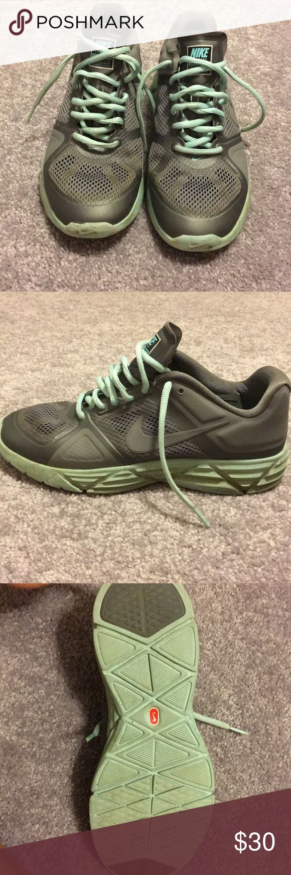 Nike lunar victory running shoes Great condition! Size 7.5 Nike Shoes Athletic Shoes