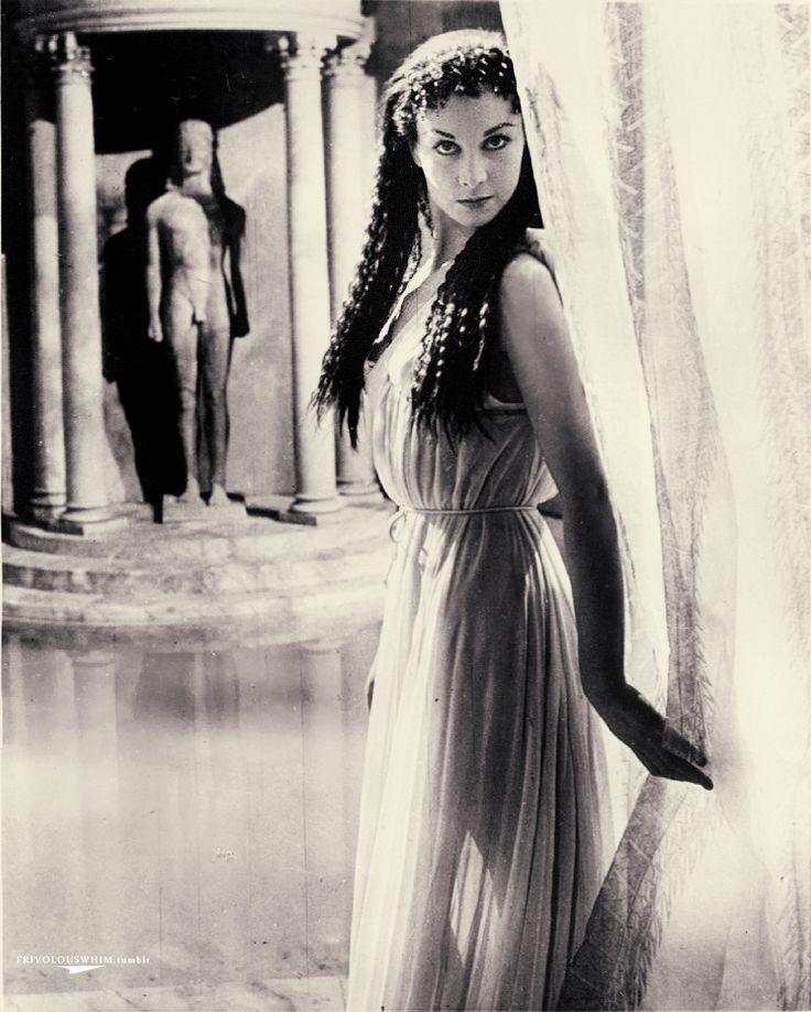 Cleopatra Fucking 76