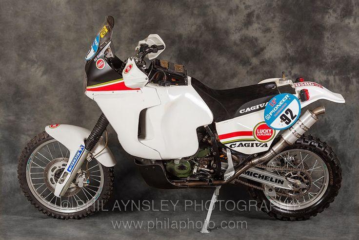 Racing Cafè: Cagiva Elefant 904 Parigi-Dakar E.Orioli 1990