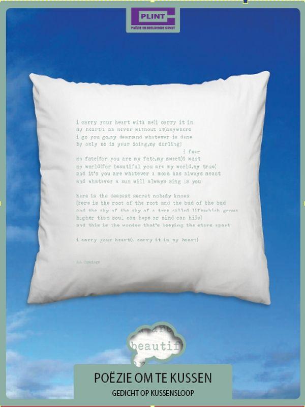 In bed - Poëzie om te kussen - i carry your heart - Plint