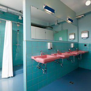 Döðlur+converts+1940s+warehouse+into+design+hotel+and+hostel+in+Reykjavík
