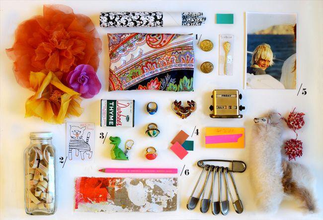 knick knacks: Design Inspiration, Colors Combos, J Crew Blog, Desks Loot, Http Jcrew Tumblr Com, Blog Webpag Design, Offices Style, Blogwebpag Design, Jcrew Blog