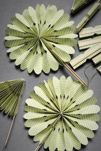Crinkle fans: outdoor wedding favors for the ladies. $18/10 (Maybe offer hankies to the gentlemen) ♥