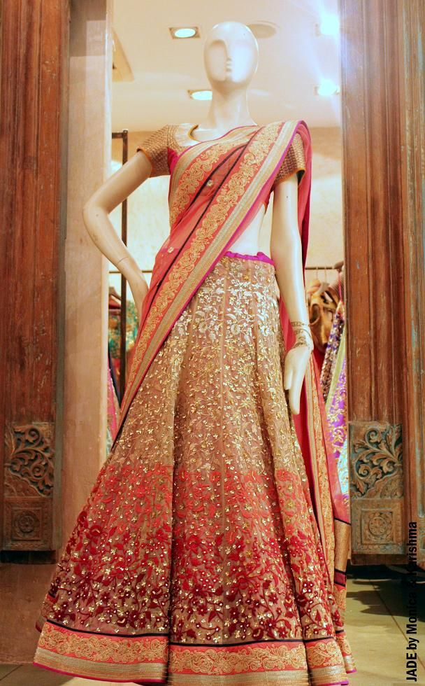 Elegance personified. www.weddingstoryz.com bridal wear ideas designs patterns lehenga outfit zari zardozi indian weddings