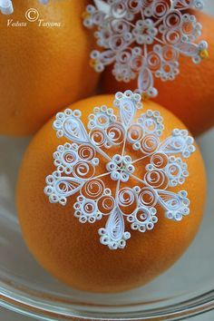 This is one of the prettiest quilled snowflakes I've seen and I've seen a lot!