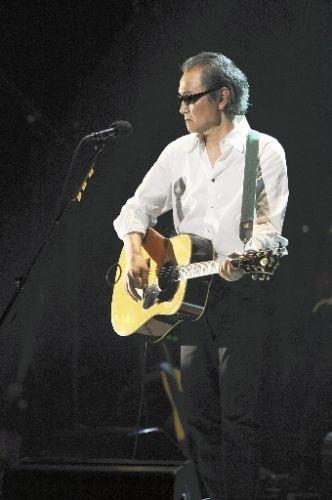 井上陽水 (Yosui Inoue, Famous Musician in Japan)
