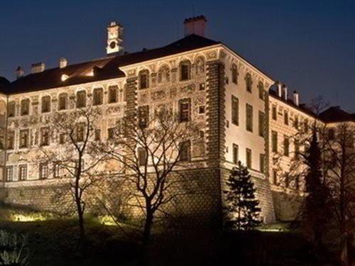 Hradozámecká noc na zámku Nelahozeves s Olgou Lounovou