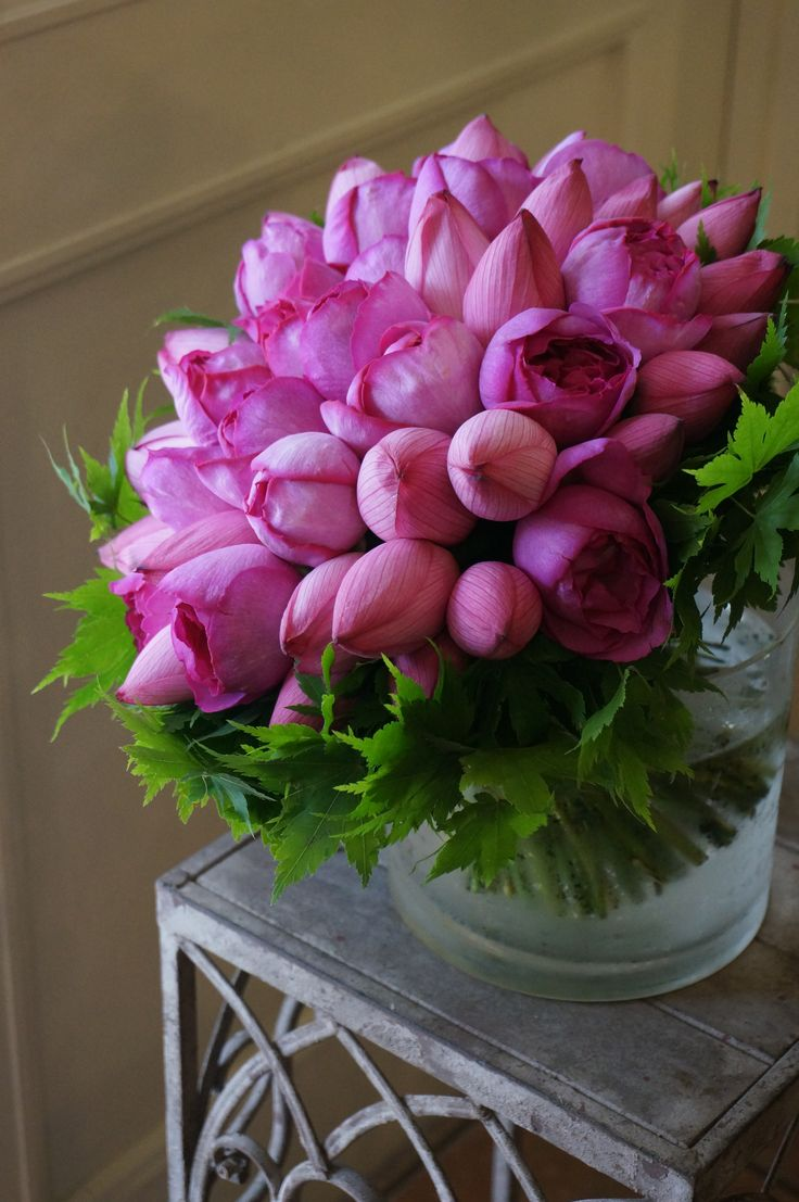 Lotus Flowerrose And MapleBOUQUET
