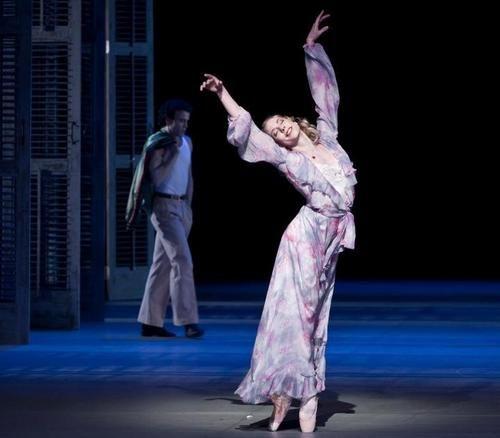 Eugenie Skilnand in A Streetcar Named Desire.  Photo (c) Erik Berg/Den Norsek Opera Og Ballett.