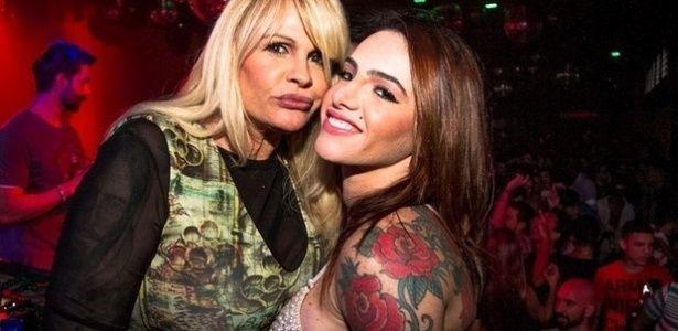 Monique Evans diz que deixou de frequentar igreja após assumir ser lésbica #Apresentadora, #Brasil, #Casamento, #Dj, #Fotos, #Gay, #Gente, #Instagram, #Lésbica, #MoniqueEvans, #Mulheres, #Namoro http://popzone.tv/monique-evans-diz-que-deixou-de-frequentar-igreja-apos-assumir-ser-lesbica/