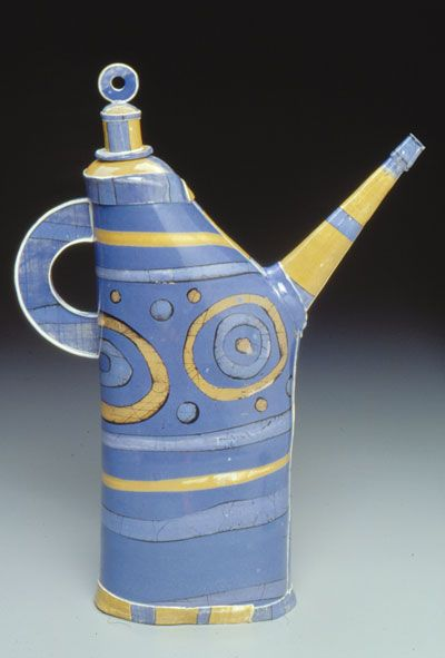 Barbara Chadwick. @designerwallace...think this is the most unusual teapot I have seen |Pinned from PinTo for iPad|