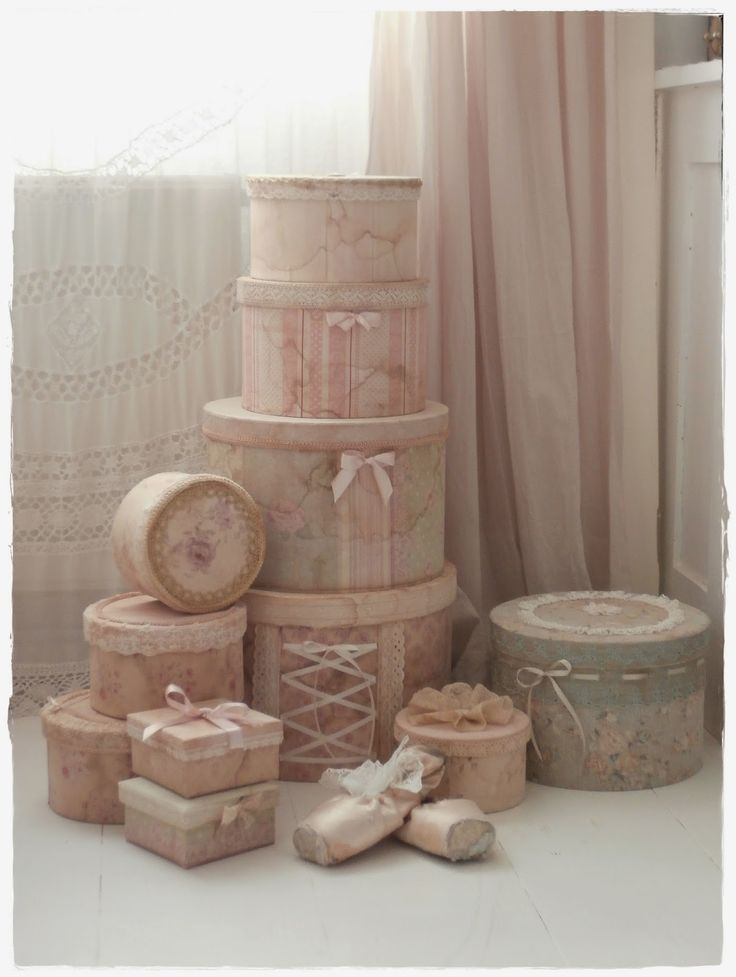 Wish they would still pack your clothes in boxes like these in stores :) #shabbychiccrafts