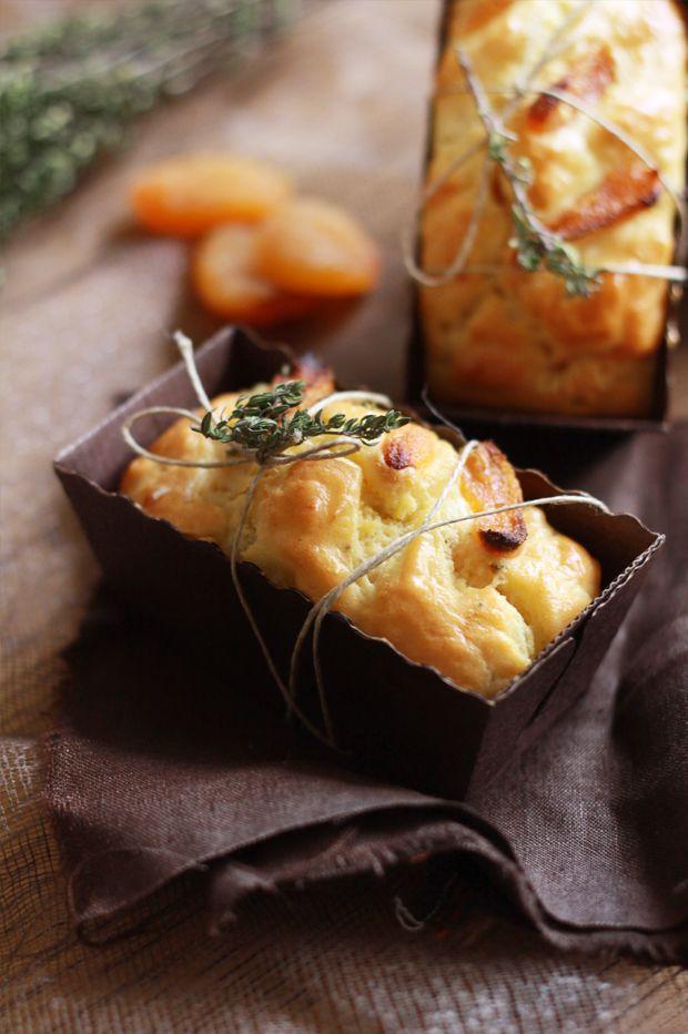 Cake abricots secs et chèvre 2 CAKES ABRICOTS SECS ET CHEVRE