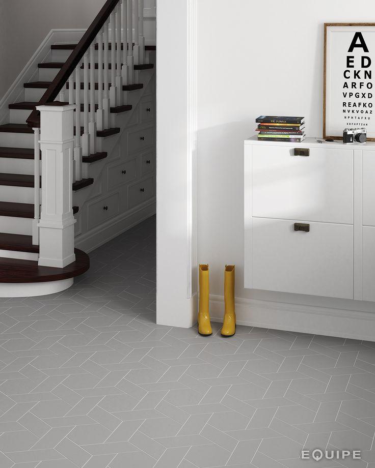 Chevron Gris Right 9x20,5 / Hexatile Gris 17,5x20. #chevron, #wall floor tiles, #ceramic, #basic color, #ceramic tile, #porcelain tile, #contemporary, #modern, #form, #geometric, #interior design, #monochromatic, #shape, #trend, #architecture, #vanguard, #monochromatic, #equipe, #equipe cerámicas, #hexagon