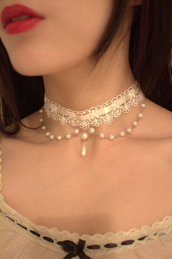 handmade Ivory White Lace white ribbon PeterPan collar Victorian Wedding Bridal choker Gothic Vintage style necklace with length adjustment: