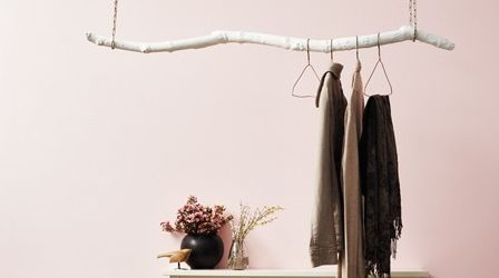 How to hang your coats