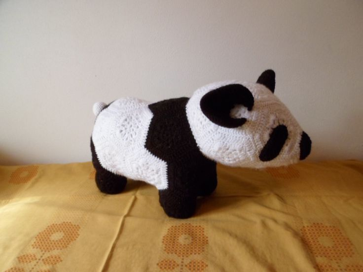 háčkovaný panda