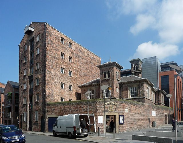 liverpool warehouses | Warehouse and the former Bridewell,... © Stephen Richards ...