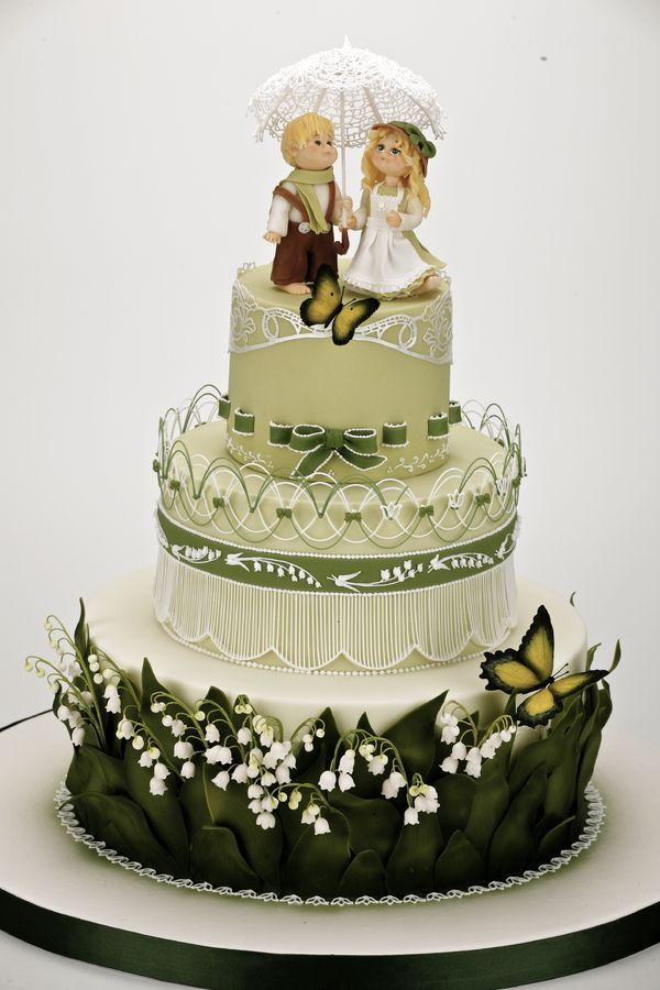 Lily of valley spring wedding cake — Round Wedding Cakes