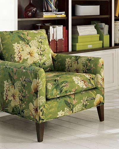 1000 ideas about floral sofa on pinterest floral couch for Chintz couch