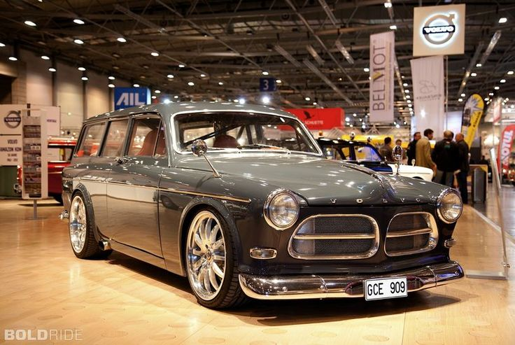 1967 Volvo Amazon Estate by Mattias Vocks