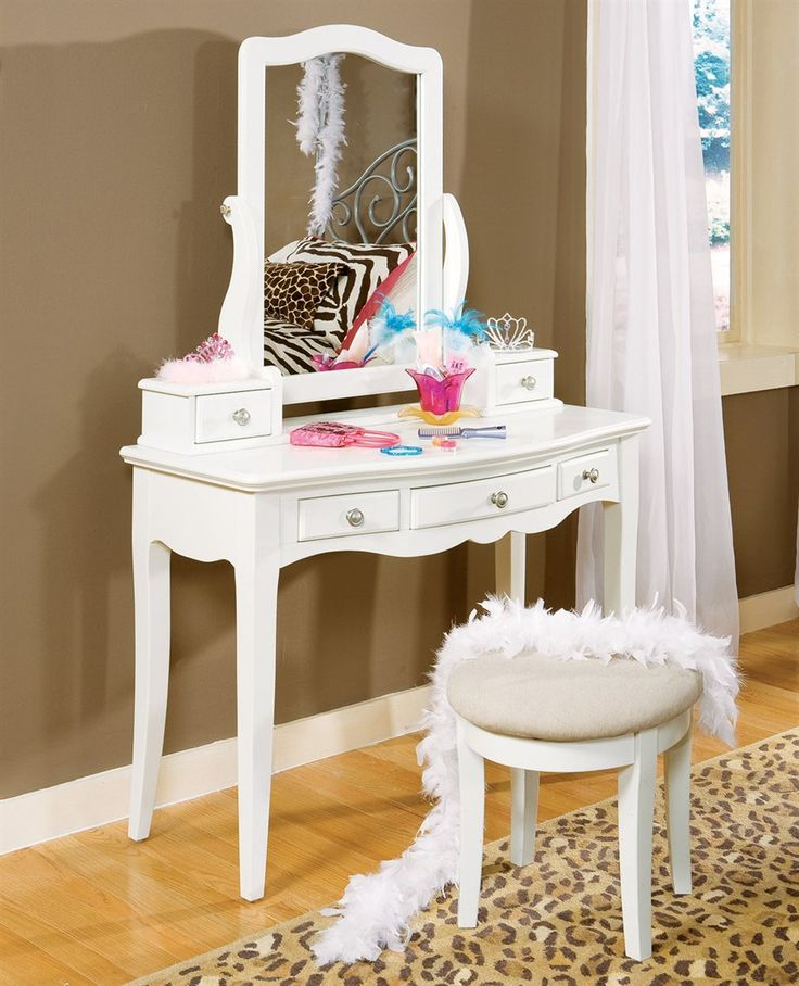 1000 images about vanity salon on the go on pinterest for Salon table and mirror