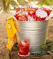 Picnic/BBQ party ideas/inspiration feature www.partyfrosting.comPicnic Theme, Summer Drinks, Birthday Parties, Summer Parties, Jam Jars, Parties Ideas, Picnics Parties, Mason Jars, Picnics Theme