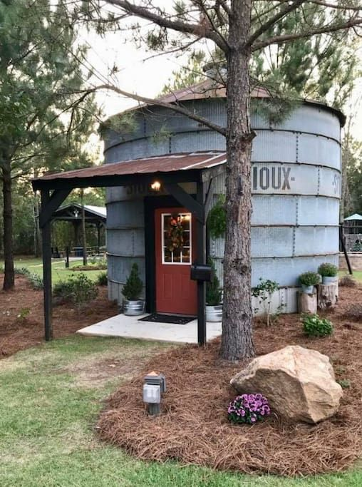 The Silo - Tiny houses for Rent in Byron, Georgia, United
