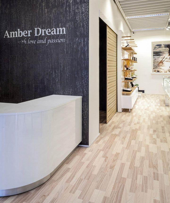 Дизайн интерьера бутика ювелирных украшений Amber Dream в Финляндии
