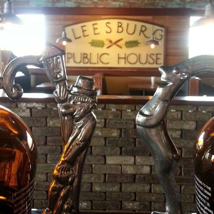 Near Leesburg outlets - 33 craft beers on tap