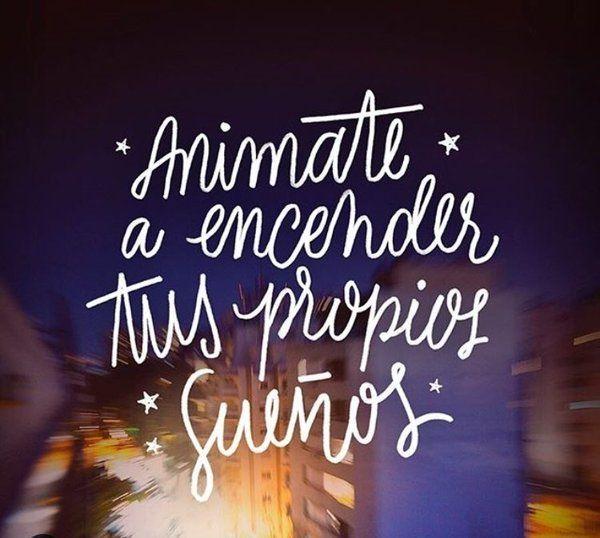 En cada ventana hay una luz que ilumina un sueño que nadie puede apagar. Animate a encender tus propios sueños. #FelicityForNow